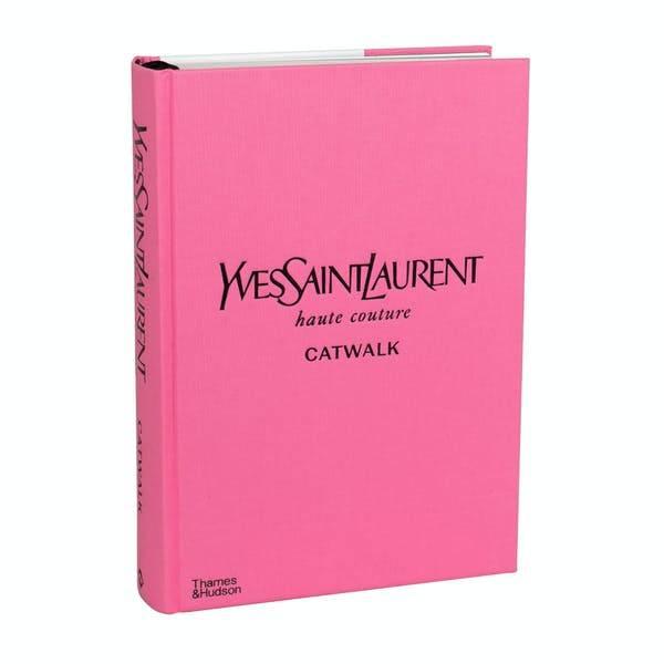 YvesSaintLaurent - catwalk